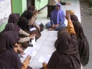 Pemberian Beasiswa SMA Plus Khadijah Islamic School pada Bulan April 2016